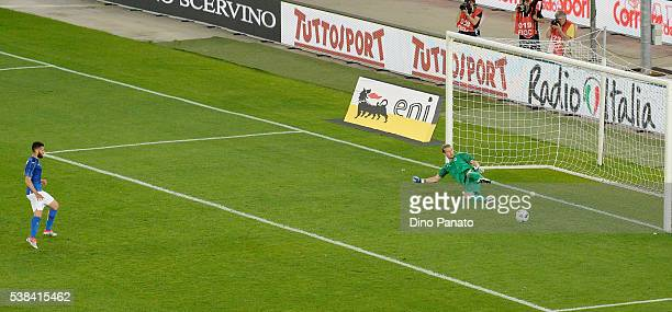 Antonio Candreva of Italy scores his opening goal from the penalty spot during the international friendly match between Italy and Finland on June 6...