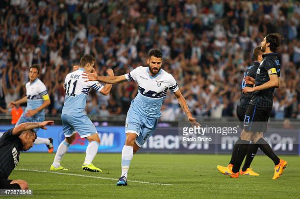 Antonio Candreva of SS Lazio celebrates after scoring the opening goal during the Serie A match between SS Lazio and FC Internazionale Milano at...