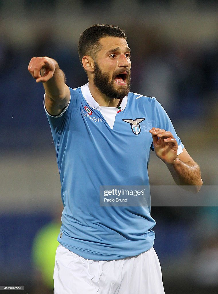 <a gi-track='captionPersonalityLinkClicked' href=/galleries/search?phrase=Antonio+Candreva&family=editorial&specificpeople=4063716 ng-click='$event.stopPropagation()'>Antonio Candreva</a> of SS Lazio reacts during the Serie A match between SS Lazio and Bologna FC at Stadio Olimpico on May 18, 2014 in Rome, Italy.