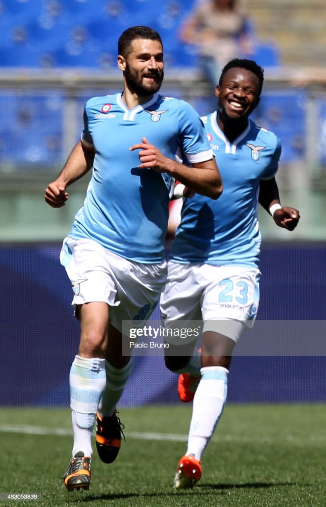 <a gi-track='captionPersonalityLinkClicked' href=/galleries/search?phrase=Antonio+Candreva&family=editorial&specificpeople=4063716 ng-click='$event.stopPropagation()'>Antonio Candreva</a> (L) with his teammate Eddy Onazi of SS Lazio celebrates after scoring the opening goal during the Serie A match between SS Lazio and UC Sampdoria at Stadio Olimpico on April 6, 2014 in Rome, Italy.