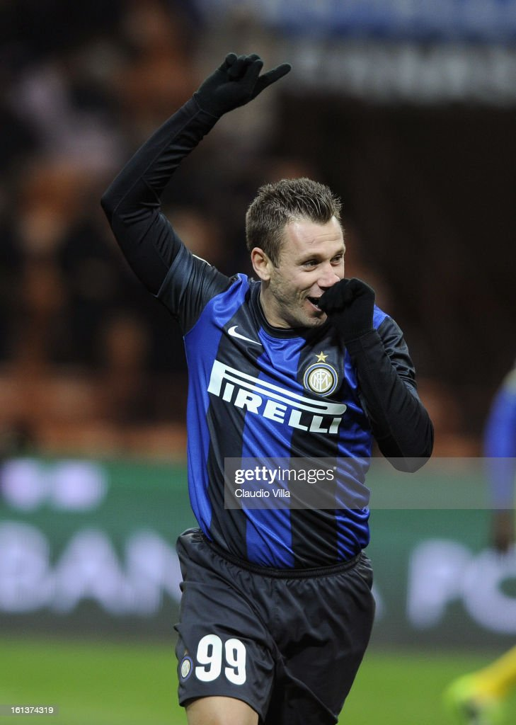 <a gi-track='captionPersonalityLinkClicked' href=/galleries/search?phrase=Antonio+Cassano&family=editorial&specificpeople=214558 ng-click='$event.stopPropagation()'>Antonio Cassano</a> of FC Inter Milan celebrates after scoring the opening goal of the Serie A match between FC Internazionale Milano and AC Chievo Verona at San Siro Stadium on February 10, 2013 in Milan, Italy.
