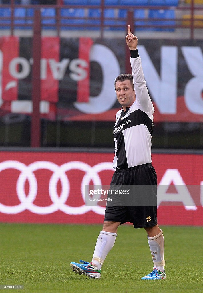 <a gi-track='captionPersonalityLinkClicked' href=/galleries/search?phrase=Antonio+Cassano&family=editorial&specificpeople=214558 ng-click='$event.stopPropagation()'>Antonio Cassano</a> of Parma FC celebrates scoring the second goal during the Serie A match between AC Milan and Parma FC at San Siro Stadium on March 16, 2014 in Milan, Italy.