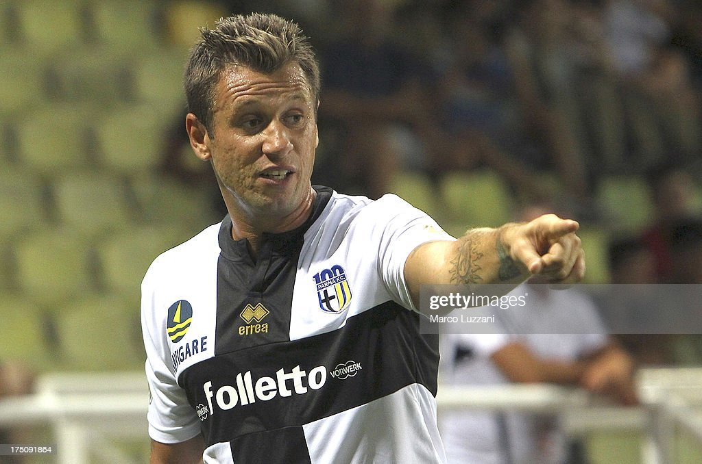 <a gi-track='captionPersonalityLinkClicked' href=/galleries/search?phrase=Antonio+Cassano&family=editorial&specificpeople=214558 ng-click='$event.stopPropagation()'>Antonio Cassano</a> of Parma FC gestures during the pre-season friendly match between Parma FC and Olympique de Marseille at Stadio Ennio Tardini on July 31, 2013 in Parma, Italy.