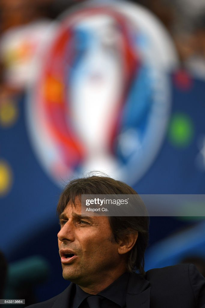 <a gi-track='captionPersonalityLinkClicked' href=/galleries/search?phrase=Antonio+Conte&family=editorial&specificpeople=2379002 ng-click='$event.stopPropagation()'>Antonio Conte</a> coach of Italy sings during the pre-match ceremony during the UEFA EURO 2016 round of 16 match between Italy and Spain at Stade de France on June 27, 2016 in Paris, France.