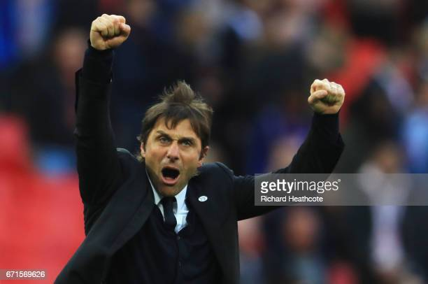Antonio Conte Manager of Chelsea celebrates after the full time whistle in The Emirates FA Cup SemiFinal between Chelsea and Tottenham Hotspur at...
