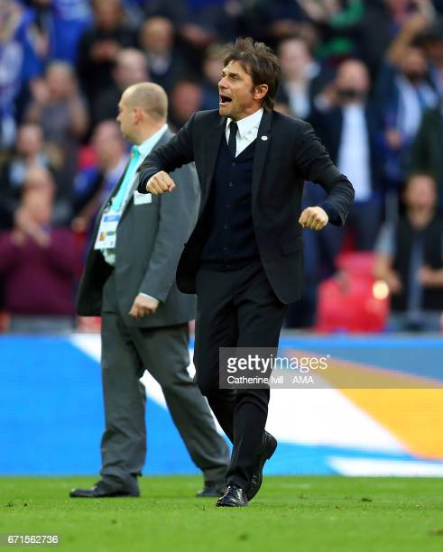 Antonio Conte manager of Chelsea celebrates during The Emirates FA Cup SemiFinal between Chelsea and Tottenham Hotspur at Wembley Stadium on April 22...
