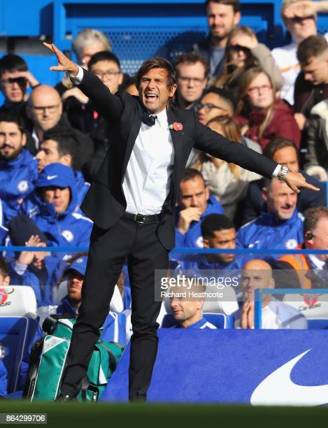 Antonio Conte Manager of Chelsea shouts during the Premier League match between Chelsea and Watford at Stamford Bridge on October 21 2017 in London...