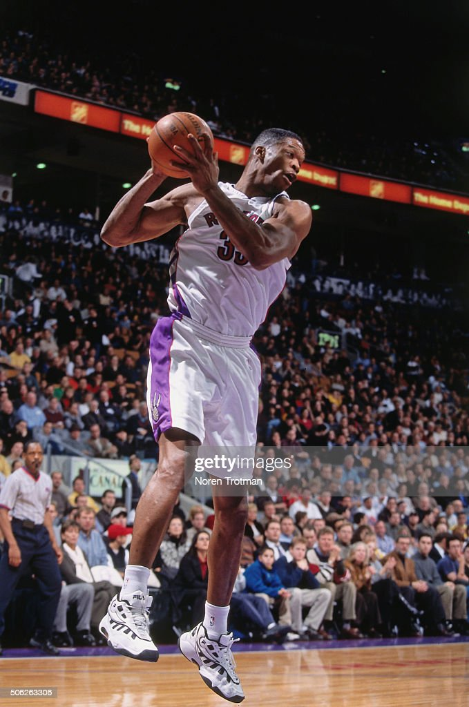 <a gi-track='captionPersonalityLinkClicked' href=/galleries/search?phrase=Antonio+Davis&family=editorial&specificpeople=201981 ng-click='$event.stopPropagation()'>Antonio Davis</a> #33 of the Toronto Raptors rebounds against the New Jersey Nets on December 21, 1999 at the Air Canada Centre in Toronto, Ontario Canada.