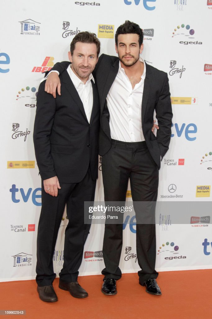 Antonio de la Torre (L) and <a gi-track='captionPersonalityLinkClicked' href=/galleries/search?phrase=Mario+Casas&family=editorial&specificpeople=4617963 ng-click='$event.stopPropagation()'>Mario Casas</a> attend Jose Maria Forque awards photocall at Canal theatre on January 22, 2013 in Madrid, Spain.