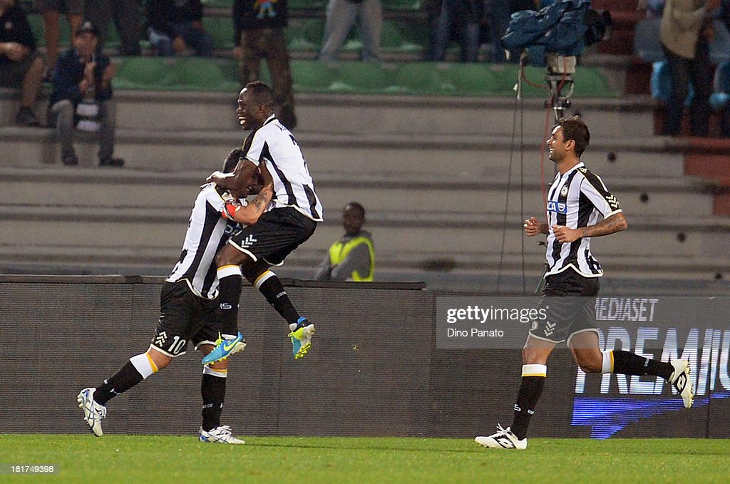 <a gi-track='captionPersonalityLinkClicked' href=/galleries/search?phrase=Antonio+Di+Natale&family=editorial&specificpeople=727545 ng-click='$event.stopPropagation()'>Antonio Di Natale</a> #10 of Udinese Calcio celebrates after scoring his opening goal during the Serie A match between Udinese Calcio and Genoa CFC at Stadio Friuli on September 24, 2013 in Udine, Italy.