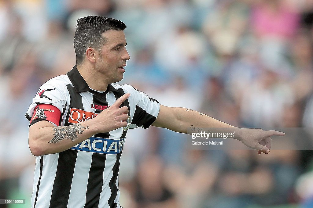 <a gi-track='captionPersonalityLinkClicked' href=/galleries/search?phrase=Antonio+Di+Natale&family=editorial&specificpeople=727545 ng-click='$event.stopPropagation()'>Antonio Di Natale</a> of Udinese Calcio gestures during the Serie A match between Udinese Calcio and Atalanta BC at Stadio Friuli on May 12, 2013 in Udine, Italy.