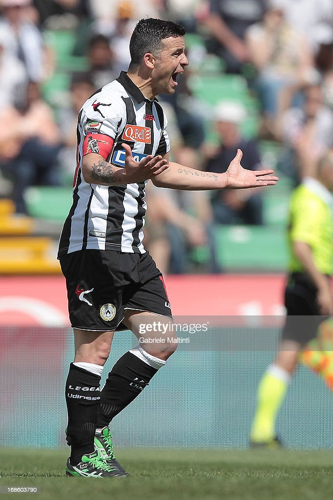 <a gi-track='captionPersonalityLinkClicked' href=/galleries/search?phrase=Antonio+Di+Natale&family=editorial&specificpeople=727545 ng-click='$event.stopPropagation()'>Antonio Di Natale</a> of Udinese Calcio reacts during the Serie A match between Udinese Calcio and Atalanta BC at Stadio Friuli on May 12, 2013 in Udine, Italy.