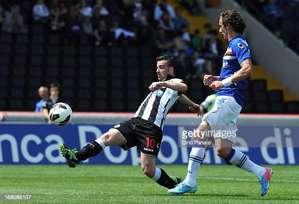 Antonio Di Natale of Udinese Calcio scores his team's second goal during the Serie A match between Udinese Calcio and UC Sampdoria at Stadio Friuli...
