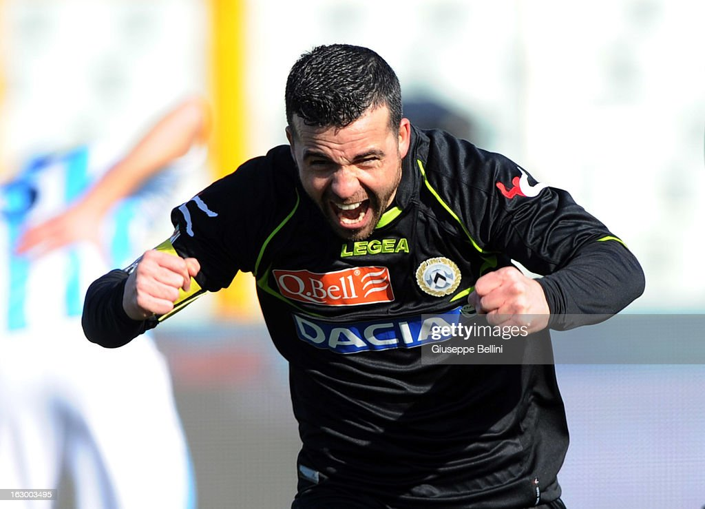 <a gi-track='captionPersonalityLinkClicked' href=/galleries/search?phrase=Antonio+Di+Natale&family=editorial&specificpeople=727545 ng-click='$event.stopPropagation()'>Antonio Di Natale</a> of Udinese celebrates after scoring the opening goal during the Serie A match between Pescara and Udinese Calcio at Adriatico Stadium on March 3, 2013 in Pescara, Italy.