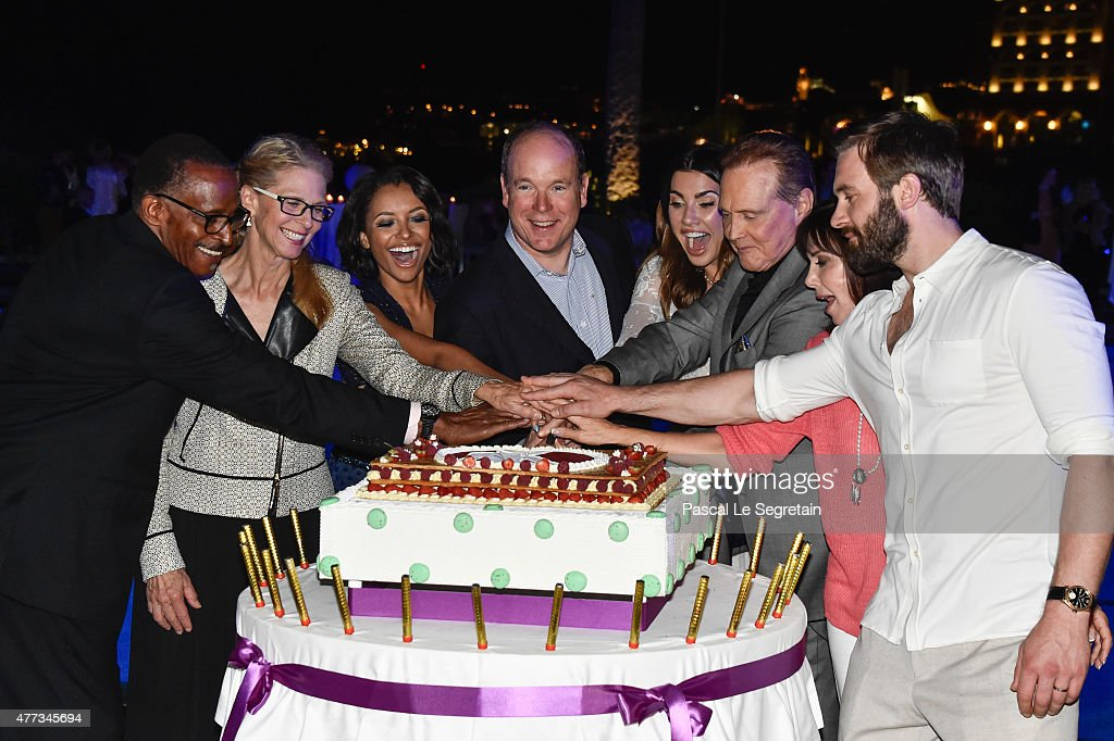 Antonio Fargas, Lindsay Wagner, Katerina Graham, Prince Albert II of Monaco, Jacqueline MacInnes Wood, Lee Majors, Stepfanie Kramer and Clive Standen attend the 55th Monte Carlo Beach anniversary as part of Monte Carlo TV Festival on June 16, 2015 in Monte-Carlo, Monaco.