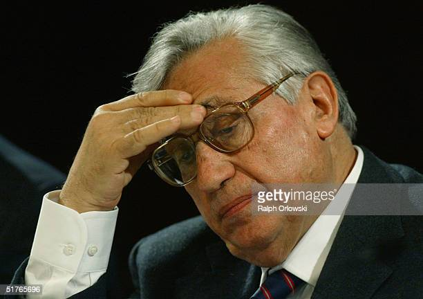 Antonio Fazio Govenor of the Banca d'Italia attends the 14th Frankfurt European Banking Congress November 19 2004 in Frankfurt Germany Under the...