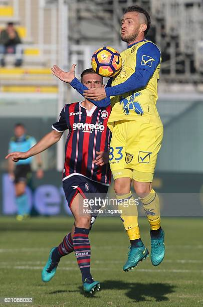 Antonio Floro Flores of Chievo during the Serie A match between FC Crotone and AC ChievoVerona at Stadio Comunale Ezio Scida on October 30 2016 in...