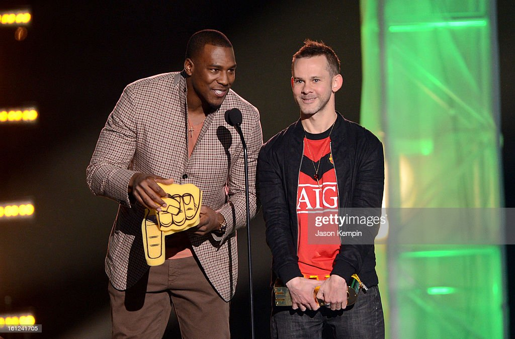 Antonio Gates and Dominic Monaghan speak onstage at the Third Annual Hall of Game Awards hosted by Cartoon Network at Barker Hangar on February 9, 2013 in Santa Monica, California. 23270_003_JK_0083.JPG