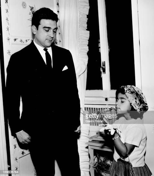 Antonio Gonzalez 'El Pescailla' husband of the Spanish singer and dancer Lola Flores with his daughter Lolita Madrid Castilla La Mancha Spain