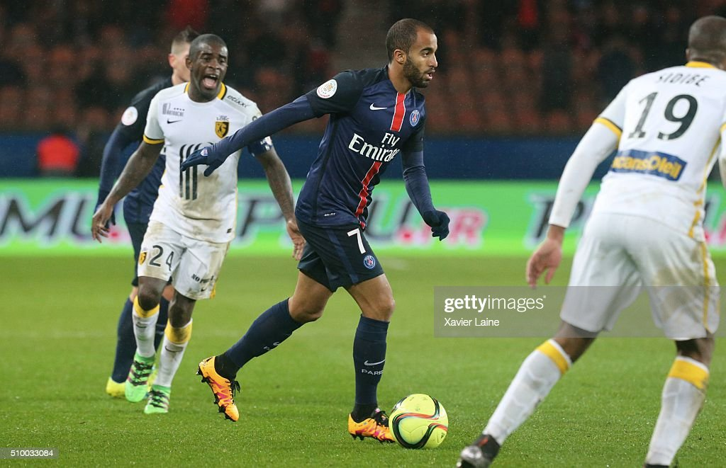 Antonio Mavuba of Lille LOSC in action with <a gi-track='captionPersonalityLinkClicked' href=/galleries/search?phrase=Lucas+Moura+-+Attacking+Midfielder+and+Winger+-+Born+1992&family=editorial&specificpeople=7910925 ng-click='$event.stopPropagation()'>Lucas Moura</a> of Paris Saint-Germain during the French Ligue 1 between Paris Saint-Germain and Lille OSC at Parc Des Princes on february 13, 2016 in Paris, France.