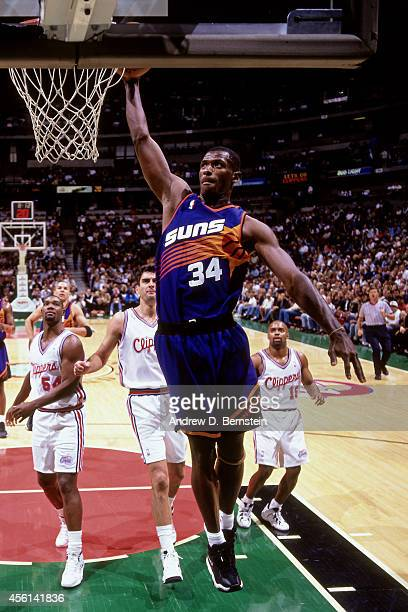 Antonio McDyess of the Phoenix Suns drives to the basket against the Los Angeles Clippers during the 1998 season at the Los Angeles Memorial Sports...