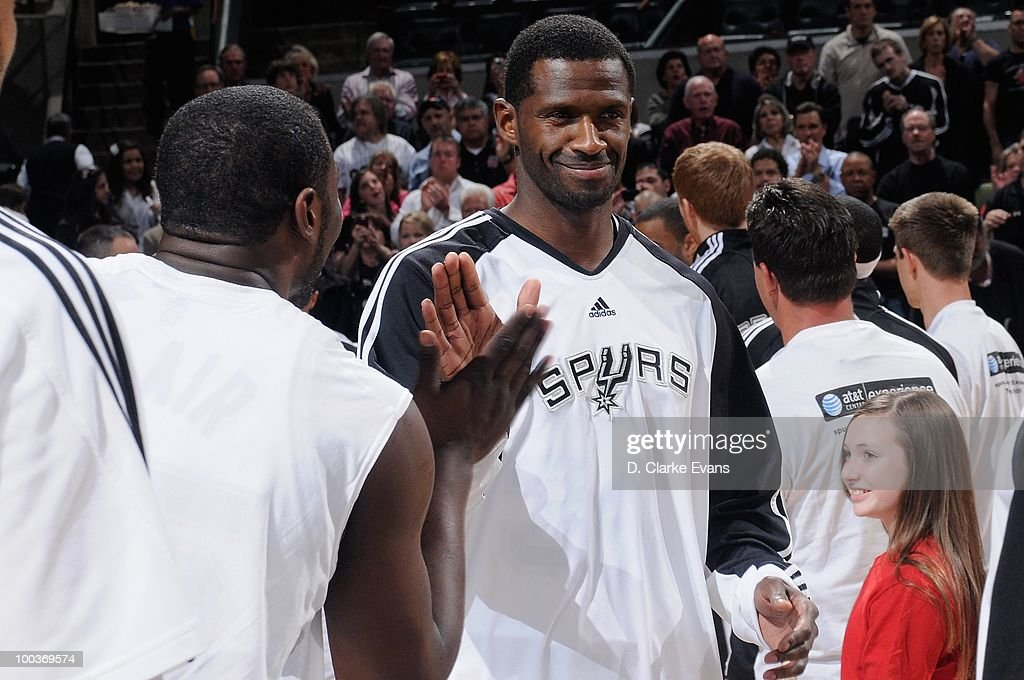 Antonio McDyess #34 of the San Antonio Spurs cracks a smile during the game against the Los Angeles Clippers on March 13, 2010 at the AT&T Center in San Antonio, Texas. The Spurs won 118-88.
