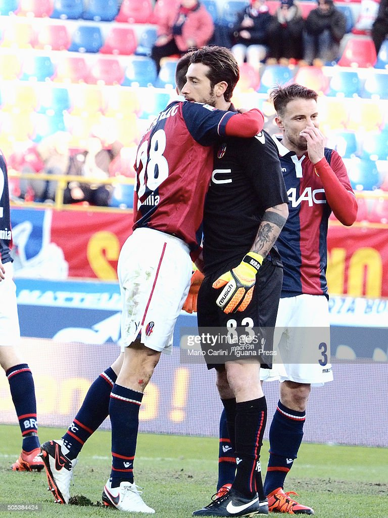 <a gi-track='captionPersonalityLinkClicked' href=/galleries/search?phrase=Antonio+Mirante&family=editorial&specificpeople=2114402 ng-click='$event.stopPropagation()'>Antonio Mirante</a> goalkeeper of Bologna FC reacts during the Serie A match between Bologna FC and SS Lazio at Stadio Renato Dall'Ara on January 17, 2016 in Bologna, Italy.