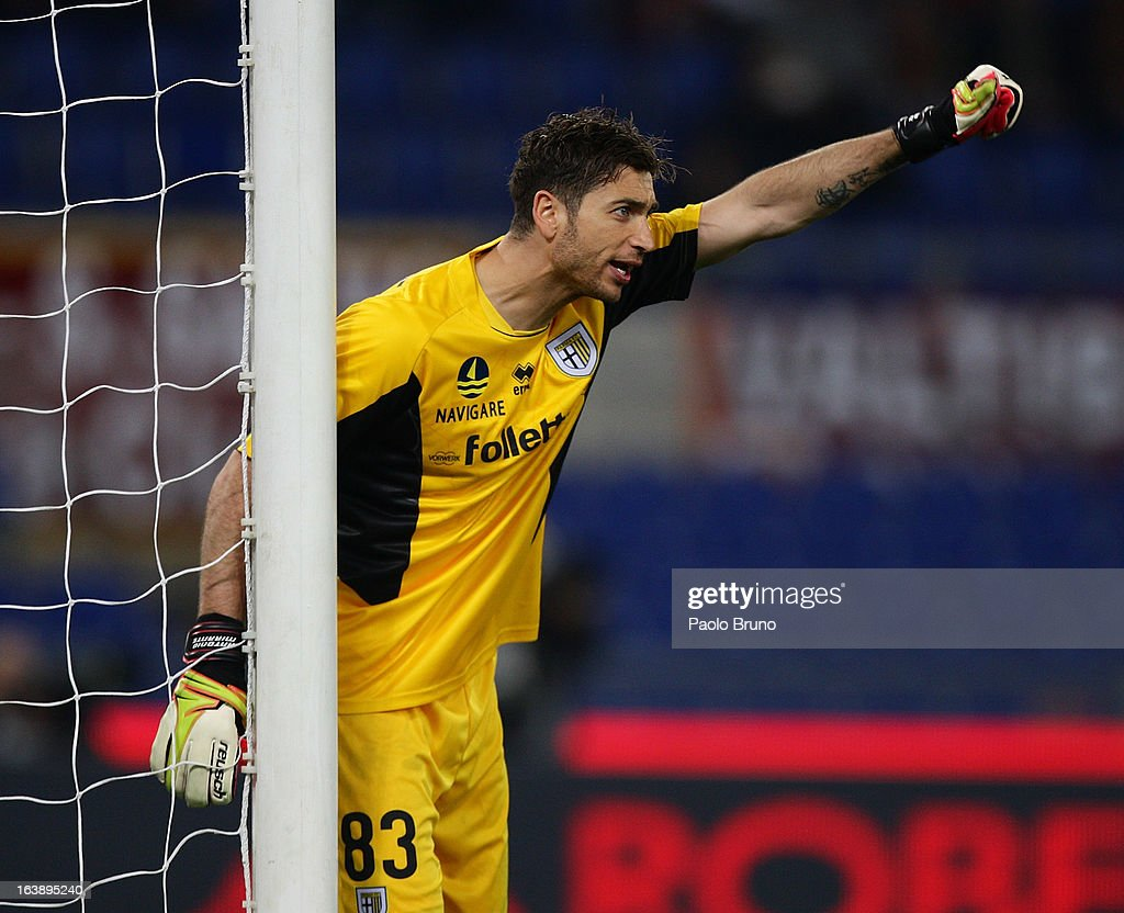 Antonio Mirante of Parma FC in action during the Serie A match between AS Roma and Parma FC at Stadio Olimpico on March 17, 2013 in Rome, Italy.