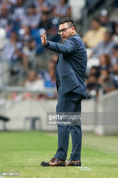 Antonio Mohamed coach of Monterrey gives instructions during the 13th round match between Monterrey and Pachuca as part of the Torneo Apertura 2017...