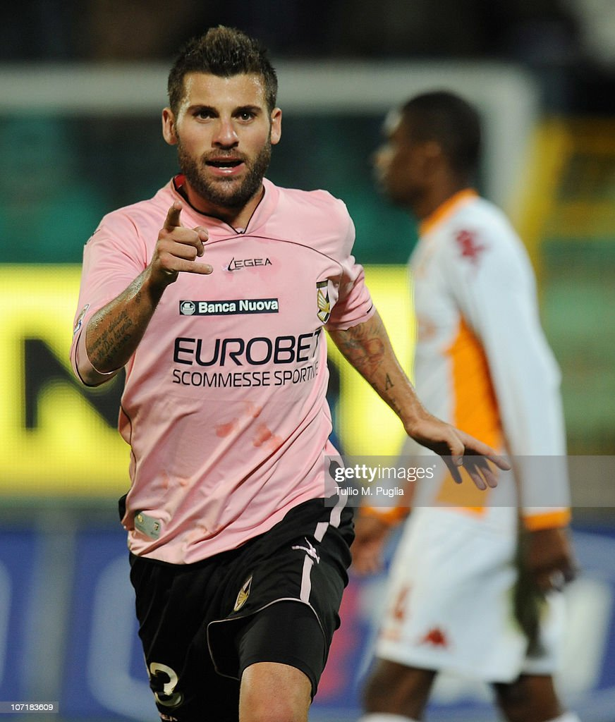 Antonio Nocerino of Palermo celebrates after scoring his team's third goal during the Serie A match between Palermo and Roma at Stadio Renzo Barbera...