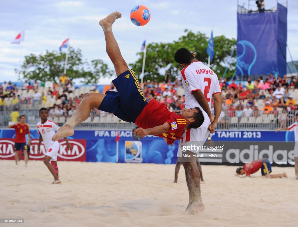 Antonio of Spain shoots at goal during the FIFA Beach Soccer World Cup Tahiti 2013 Group A match between United Arab Emirates and Spain at the To'ata Stadium on September 21, 2013 in Papeete, French Polynesia.