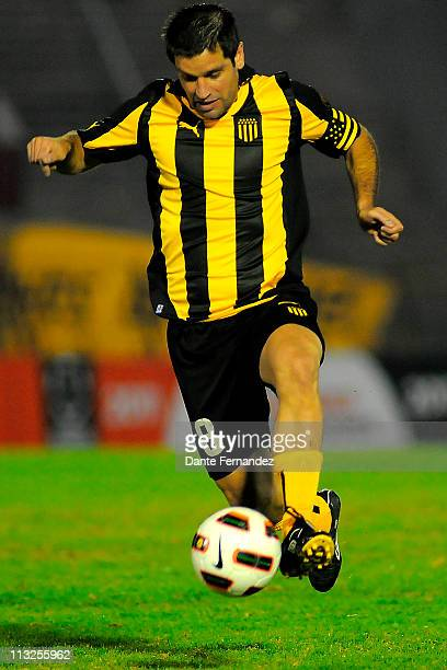 Antonio Pacheco of Uruguay's Penarol in action during their match as part of the Santander Libertadores Cup 2011 at the Centenary Stadium on April...