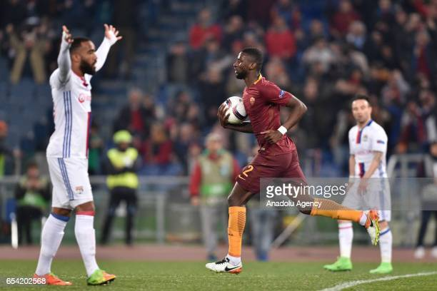 Antonio Rudiger of AS Roma celebrates after the goal of Kevin Strootman during the UEFA Europa League soccer match between AS Roma and Olympique...