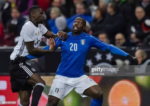 Antonio Ruediger im Zweikampf mit Stefano Okaka waehrend dem Fussball Laenderspiel Deutschland gegen Italien in der Allianz Arena am 29 Maerz 2016 in...