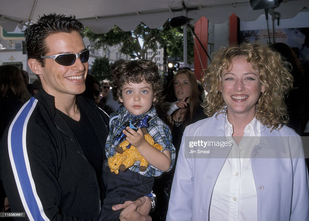 <a gi-track='captionPersonalityLinkClicked' href=/galleries/search?phrase=Antonio+Sabato+Jr.&family=editorial&specificpeople=211332 ng-click='$event.stopPropagation()'>Antonio Sabato Jr.</a>, <a gi-track='captionPersonalityLinkClicked' href=/galleries/search?phrase=Virginia+Madsen&family=editorial&specificpeople=202232 ng-click='$event.stopPropagation()'>Virginia Madsen</a>, and their son Jack