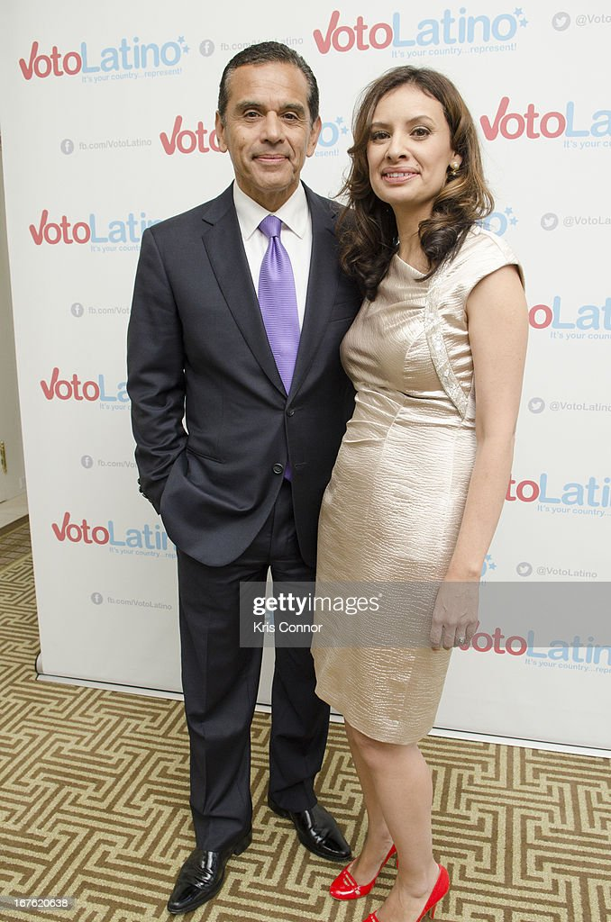 <a gi-track='captionPersonalityLinkClicked' href=/galleries/search?phrase=Antonio+Villaraigosa&family=editorial&specificpeople=178925 ng-click='$event.stopPropagation()'>Antonio Villaraigosa</a> and Maria Teresa Kumar pose for a photo during the 4th Annual Our Voices: Celebrating Diversity in Media reception to benefit Voto Latino at The Hay-Adams on April 26, 2013 in Washington, DC.