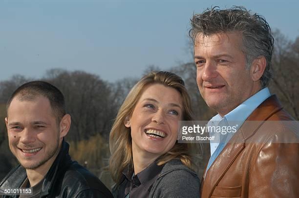 Antonio Wannek Barbara Rudnik Dominic Raacke ZDFFilm 'Der fremde Gast' Englischer Garten München Deutschland Europa Thriller See Schauspieler...