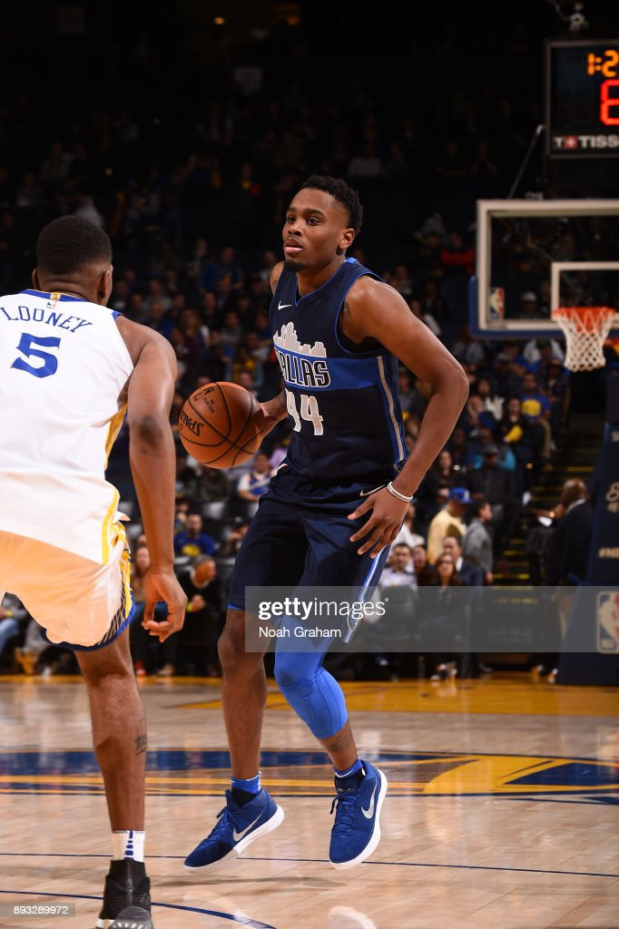 Antonius Cleveland #44 of the Dallas Mavericks handles the ball against the Golden State Warriors on December 14, 2017 at ORACLE Arena in Oakland, California.