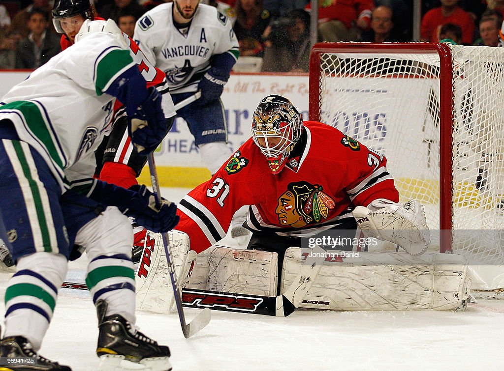 Vancouver Canucks v Chicago Blackhawks - Game Five