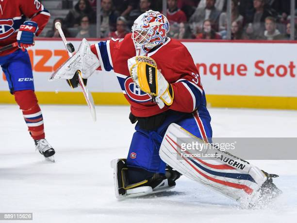 Antti Niemi of the Montreal Canadiens makes a save against the Edmonton Oilers in the NHL game at the Bell Centre on December 9 2017 in Montreal...