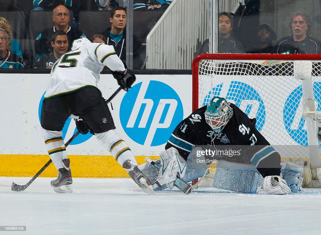 <a gi-track='captionPersonalityLinkClicked' href=/galleries/search?phrase=Antti+Niemi&family=editorial&specificpeople=213913 ng-click='$event.stopPropagation()'>Antti Niemi</a> #31 of the San Jose Sharks blocks a shot in the shoot out against Matt Fraser #25 of the Dallas Stars during an NHL game on April 7, 2013 at HP Pavilion in San Jose, California.