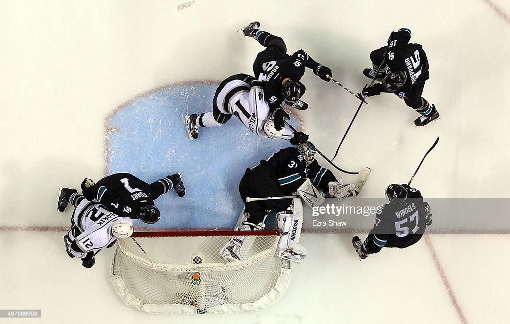 <a gi-track='captionPersonalityLinkClicked' href=/galleries/search?phrase=Antti+Niemi&family=editorial&specificpeople=213913 ng-click='$event.stopPropagation()'>Antti Niemi</a> #31 of the San Jose Sharks makes a save against the Los Angeles Kings in Game Two of the First Round of the 2014 NHL Stanley Cup Playoffs at SAP Center on April 20, 2014 in San Jose, California.