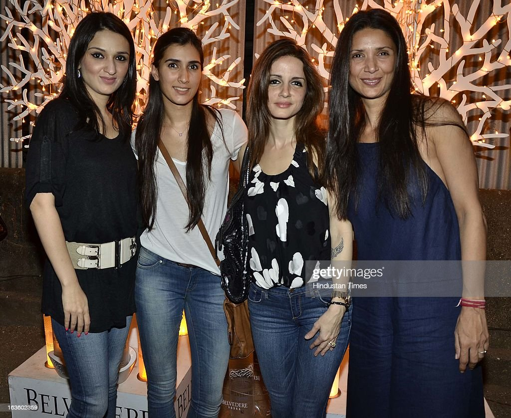 Anu Dewan, Pragya, Sussane Roshan and Mehr Rampal attending Special preview of Otlo Design project hosted by Belvedere Vodka at Bhavishyavani Backyard, Bandra on March 11, 2013 in Mumbai, India.