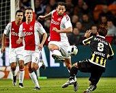 Anwar el Ghazi Arek Milik Mitchell Dijks of Ajax Kosuke Ota of Vitesse during the Dutch Eredivisie match between Ajax Amsterdam and Vitesse Arnhem at...