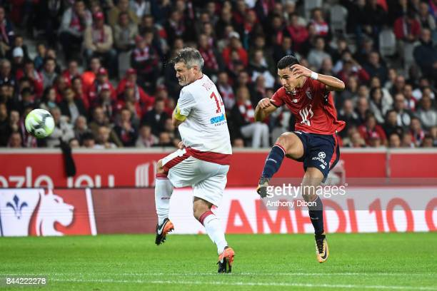 Anwar EL Ghazi of Lille and Jeremy Toulalan of Bordeaux during the Ligue 1 match between Lille OSC and FC Girondins de Bordeaux at Stade Pierre...