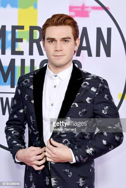 Apa attends the 2017 American Music Awards at Microsoft Theater on November 19 2017 in Los Angeles California