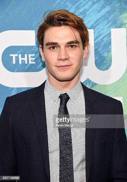 Apa attends The CW Network's 2016 Upfront at The London Hotel on May 19 2016 in New York City