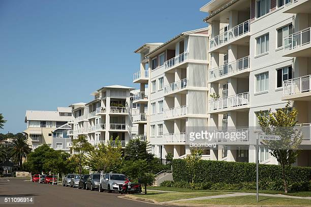 Apartment blocks stand in the suburb of Breakfast Point in Sydney Australia on Wednesday Feb 17 2016 Australia's opposition Labor Party is proposing...