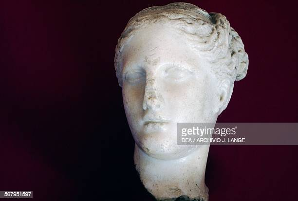 Aphrodite head ca 325 BC marble statue Praxiteles school Greek civilisation 4th century BC Taranto Museo Archeologico Nazionale