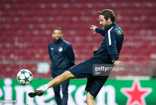 Apoel FC's head coach Thomas Christiansen attend a training session in Copenhagen on August 15 2016 on the eve of the Champions League play off...